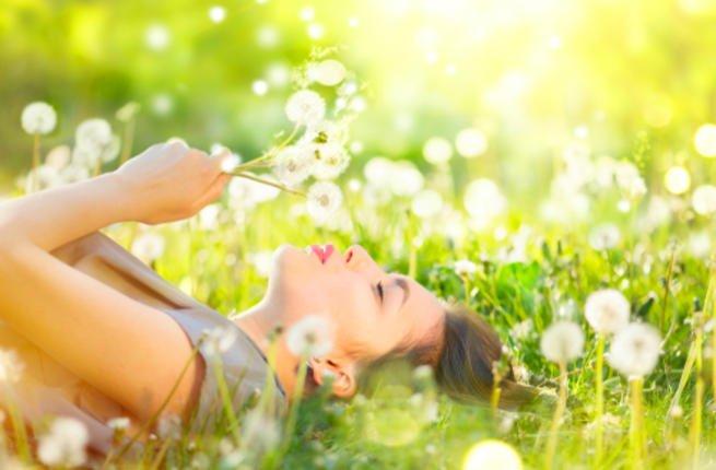 c2c0b605516fa اطلالتك في الربيع على طريقة رؤى الصبان – أنتِ لها